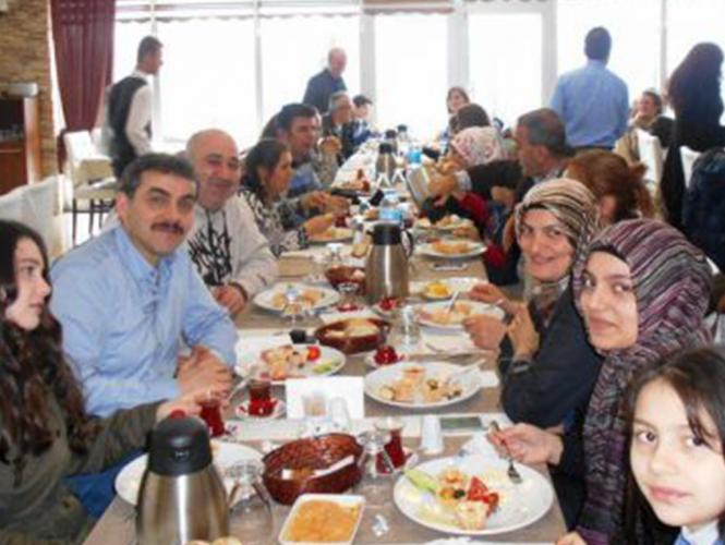 21 Mart'da 120 Kişilik Kahvaltı