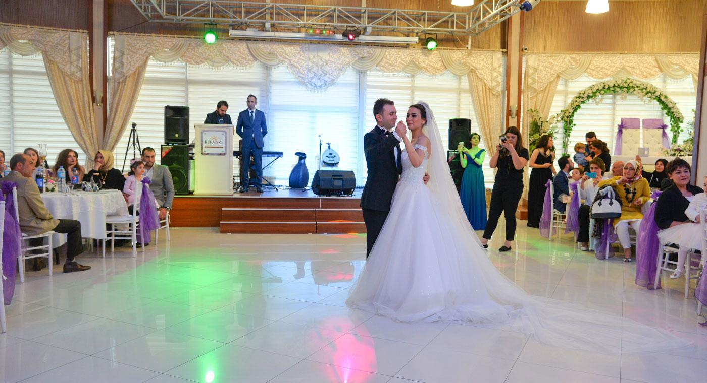 Bervaze-Sosyal-Tesisleri-Düğün-Sayfası-Fotoğraf-11 Düğün&Nişan