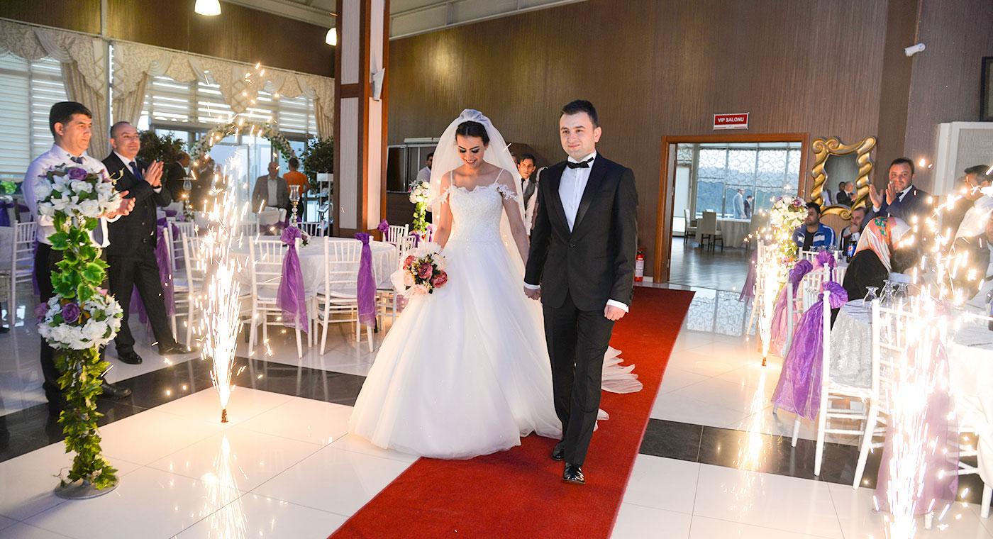 Bervaze-Sosyal-Tesisleri-Düğün-Sayfası-Fotoğraf-9 Düğün&Nişan